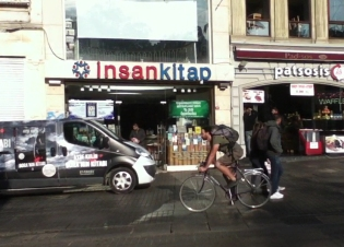 15 Kasim2012 Istiklal Cd.mp4_000043870