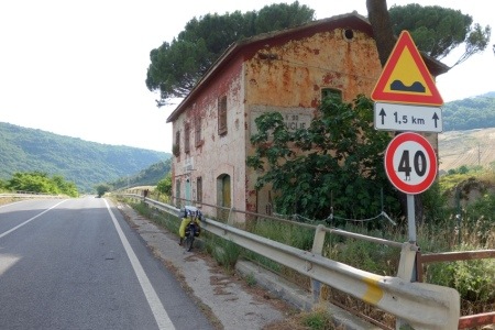 Casa Cantoniera (ss90 Karayolu)