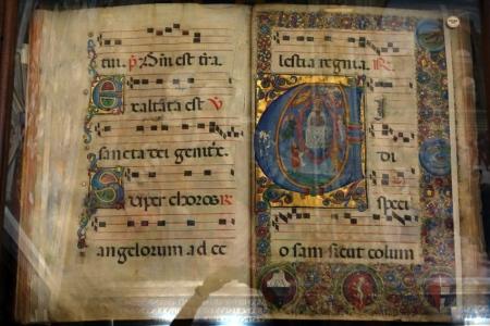Piccolomini kütüphanesi