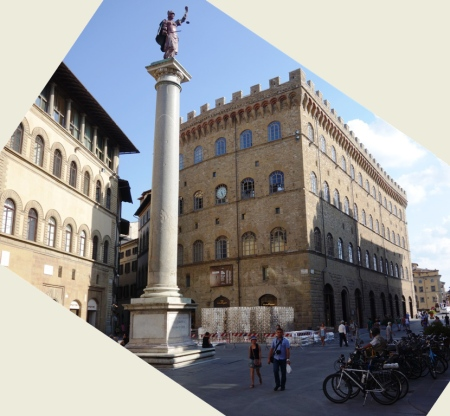 Piazza di Santa Trinita (Santa Trinita Meydanı)