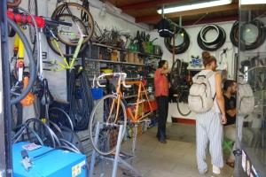 Floransa'daki bisiklet tamircisi