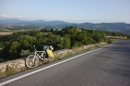 Viale Nazionale (Arkada Bilancino Gölü)